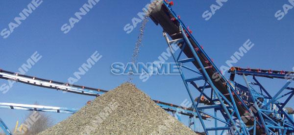 新西伯利亚时产150吨移动式辉绿岩破碎生产线