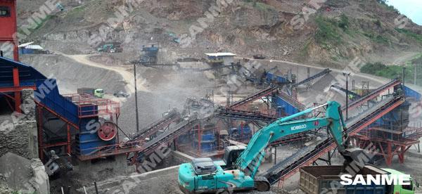 印尼时产300吨安山岩破碎生产线