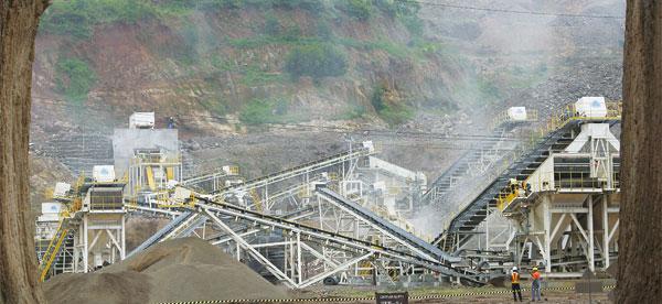 豪瑞印尼300吨安山岩生产线
