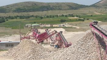 罗马尼亚时产250吨花岗岩制砂生产线