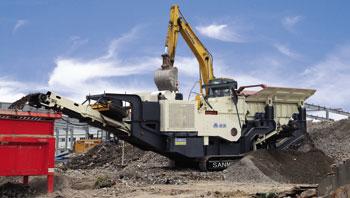 江苏南京时产100吨履带移动式建筑垃圾处理生产线